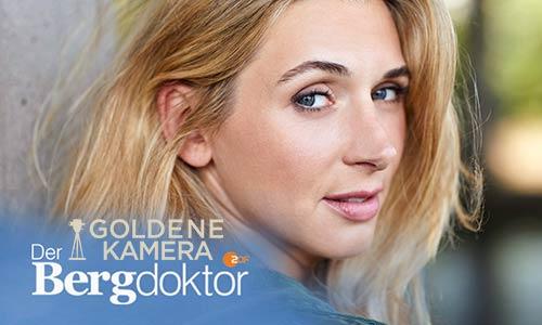 Die Artrium Absolventin Andrea Gerhard erhält den TV Preis Die Goldene Kamera für Ihre ZDF Rolle Der Bergdoktor.